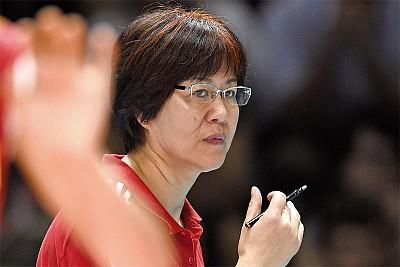 拒絕「黨的領導」郎平成功啟示錄