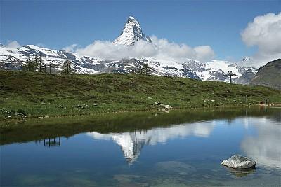 >百看不厭 瑞士聖山變裝秀