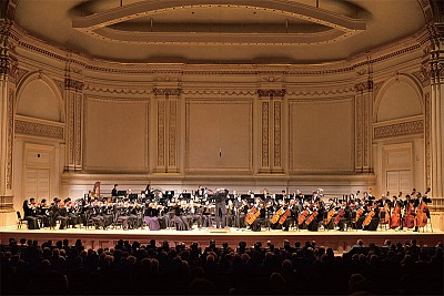 「來自神的音樂」神韻交響樂卡內基完美演出