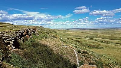 打開塵封的歲月 加拿大印第安人的碎頭崖野牛跳