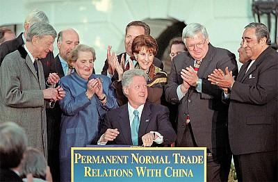 比爾.克林頓把美國導彈技術給了中共