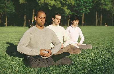 >正念覺知與冥想打坐相輔之道