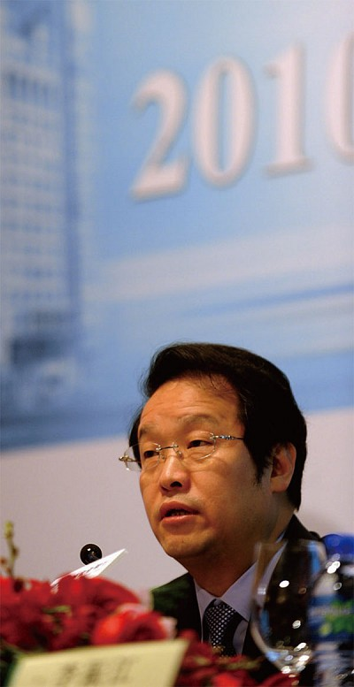 「反腐」風暴中 28名中共中央委員、候補委員落馬