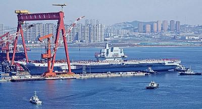 中國自製航母下水 與美艦差距巨大